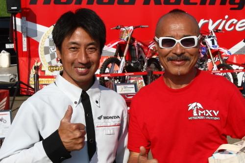 AL6037川島選手とweb.JPG