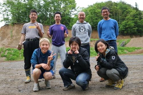IMG0582森にてweb.JPG